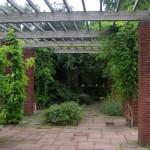 Nordparki läbivad laiad teed, mis jaotavad aia eri piirkondadeks. Erinevatel aiaosadel on oma teemad ja park on jagatud suurte puudega väiksemateks osadeks.