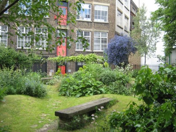 Aiakujundus. The Phoenix Garden London_00005