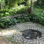 lõkketegemise koht aias